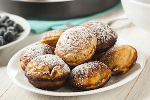 Dänische Pfannkuchen sind klein und gefüllt
